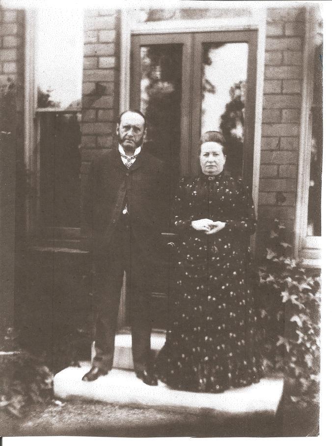 Bayley_Joseph&Sarah_photo_1895_ Shrewsbury